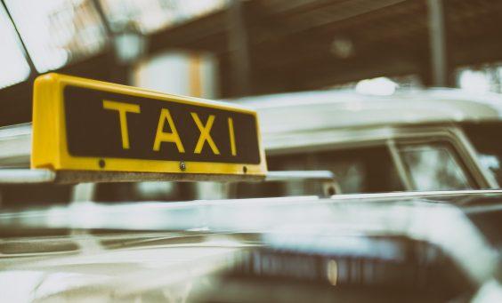 Mit dem Taxi zum Arzt